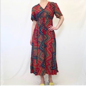 Dresses & Skirts - Colorful 70s Inspired Short Sleeve Maxi Dress